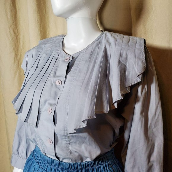 vintage 70s pleated  victorian style blouse